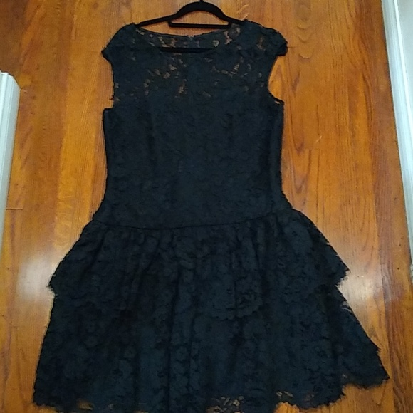 Marchesa Notte Black Tiered Lace 14